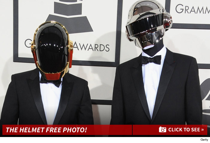 0129_daft_punk_helmet_free_faces_launch