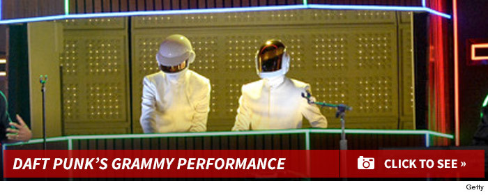 0129_daft_punk_performance_footer_v3