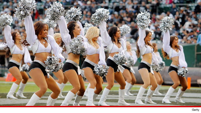 0130-oackland-raider-raiderettes-getty
