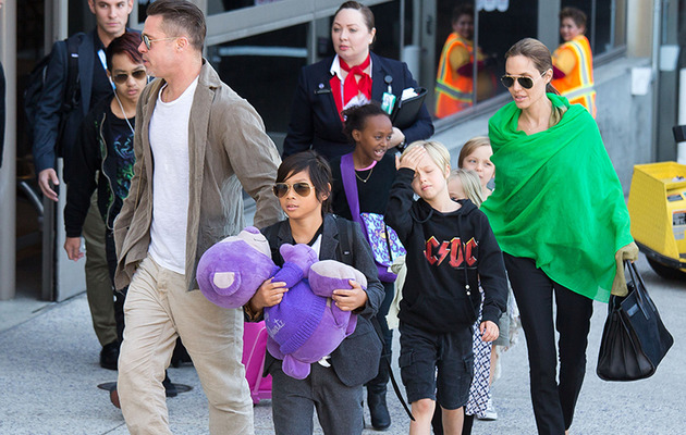 Angelina Jolie and Brad Pitt Arrive at LAX With All Six Kids!