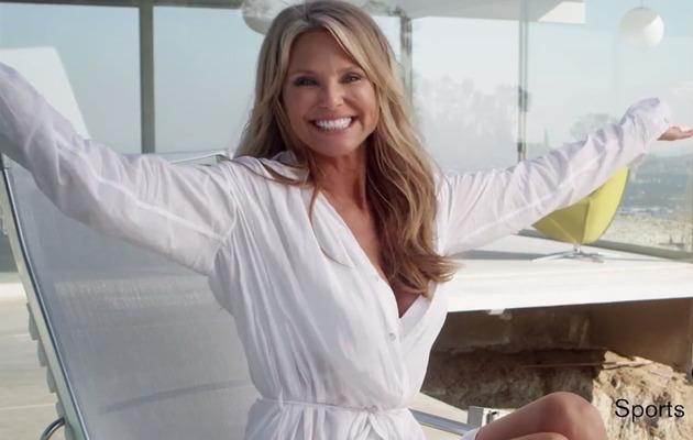 Christie Brinkley Flaunts Fabulous Bikini Bod at 60!