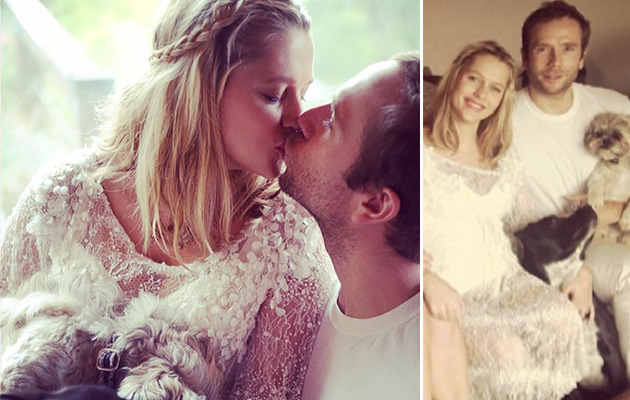 Pregnant Teresa Palmer Legally Weds Husband Mark Webber!
