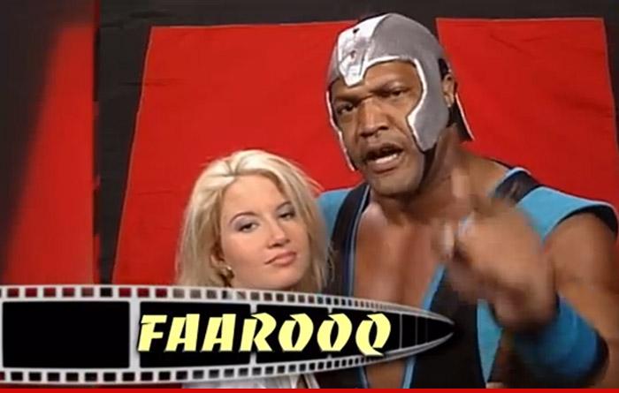 0210-farooq-helmet-01