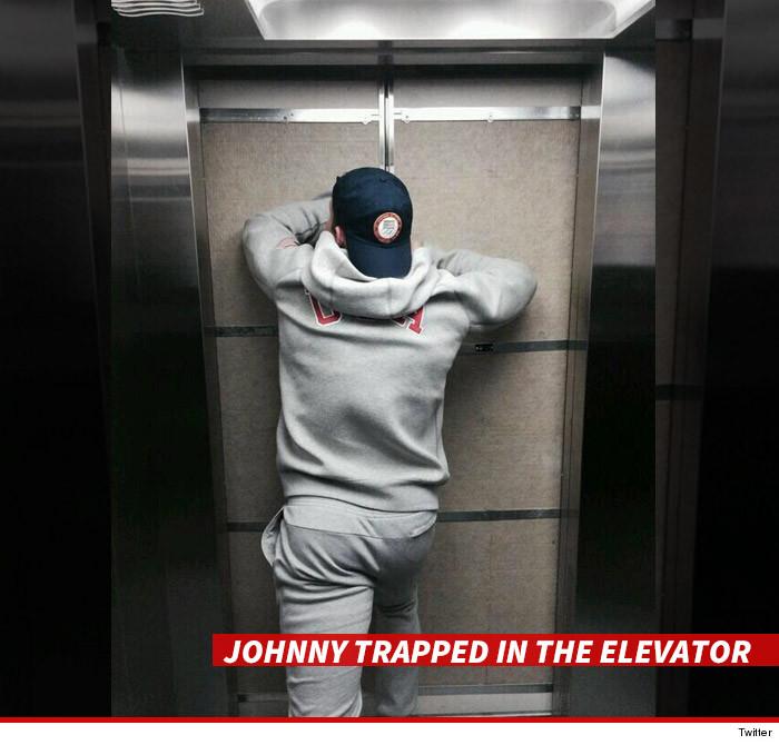 0210-johnny-quinn-elevator-twitter