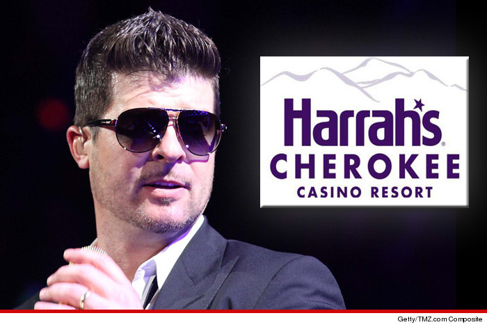 0224-robin-thicke-casino-getty-01