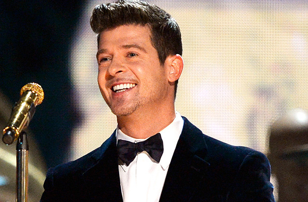 Robin Thicke Thanks Fans for Support Following Paula Patton Split
