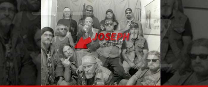0228-joseph-arrow-sub-02