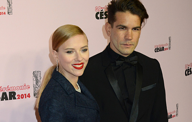Scarlett Johansson Pregnant with First Child!