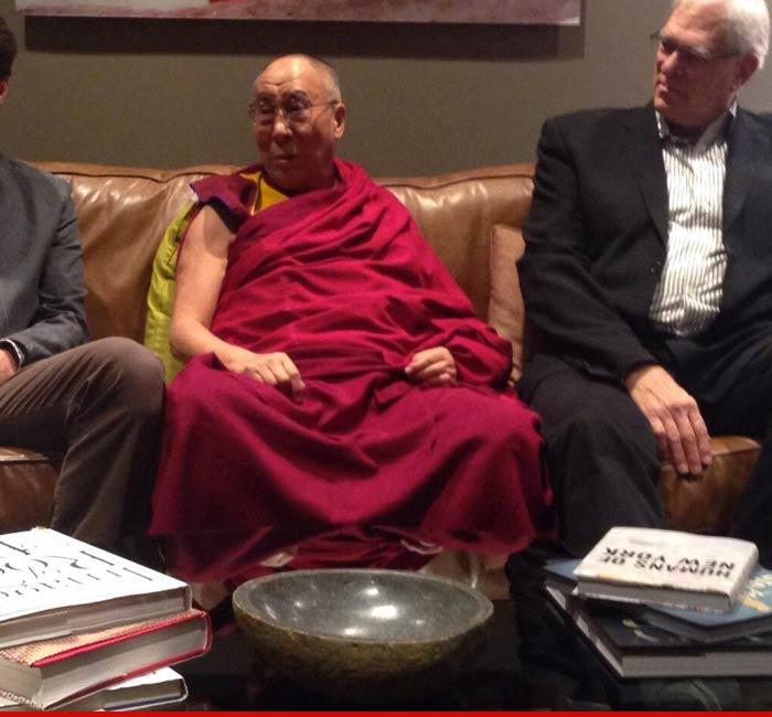 0306-dalai-lama-01