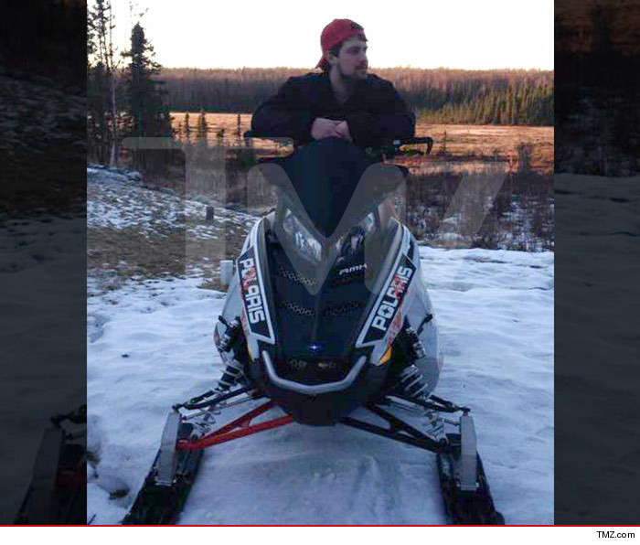 0307_levi_johnston_snowmobile_tmz_wm