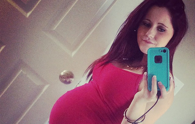 """Teen Mom 2"" Star Jenelle Evans Posts Pics of Pierced Pregnant Belly!"