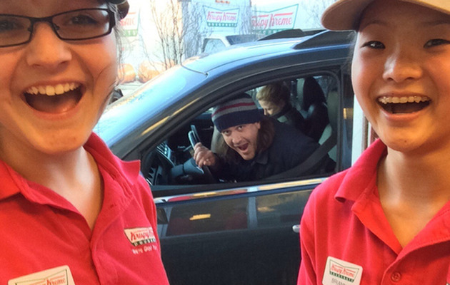 Fun Photo: Jason Segel Photobombs Krispy Kreme Workers