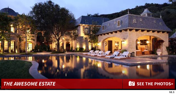 0319_tom_brady_gisele_bundchen_estate_house_footer