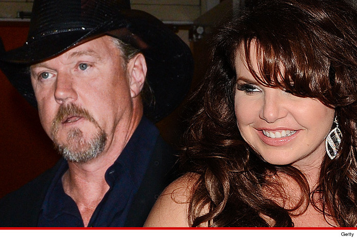 03-27-14-trace-adkins-wife-divorce-getty