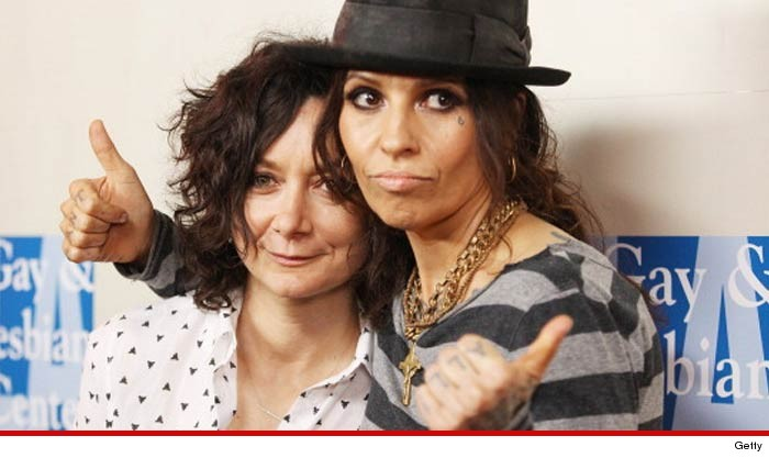 Linda Perry Sara Gilbert Wedding