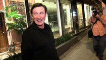 Wayne Gretzky -- I Was a TERRIBLE Hockey Fighter!