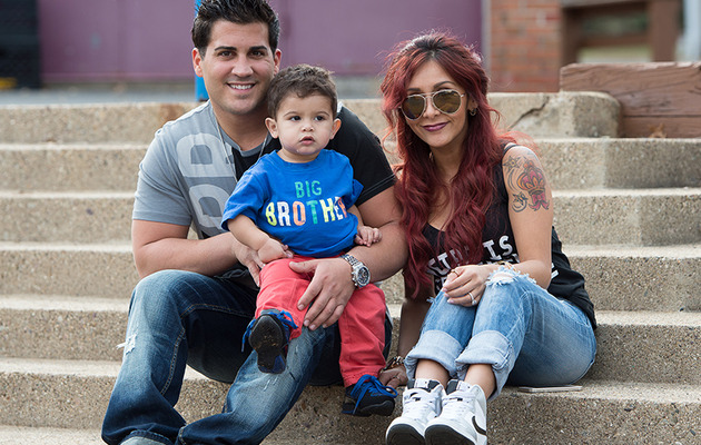 Snooki Confirms She's Pregnant with Second Baby -- See Cute Family Photo Shoot!