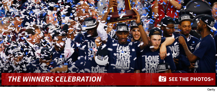 0408_Connecticut_Huskies_ncaa_champs_celebriation_footer