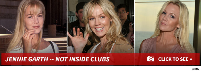 0408_jennie_garth_not_inside_clubs_footer