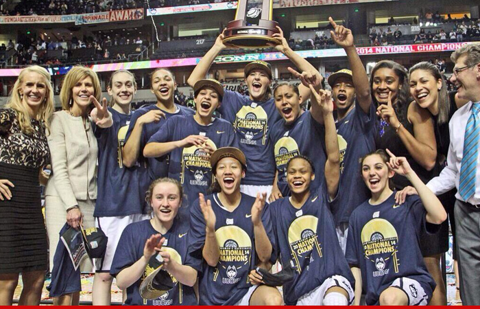 04-09-14-uconn-women-trophy