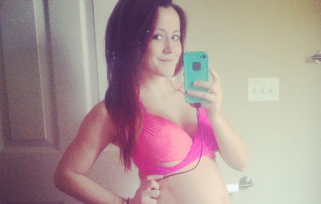 """Teen Mom 2"" Star Jenelle Evans Bares Baby Bump in a Bikini!"