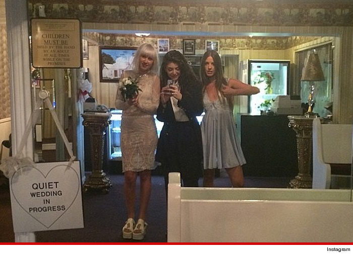 0416-lorde-vegas-wedding-instagram