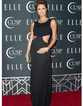 Stacy Keibler's Baby Bump Makes Red Carpet D