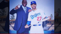 Matt Kemp -- Screw Donald Sterling ... I'll Post My Own Pics with Magic!