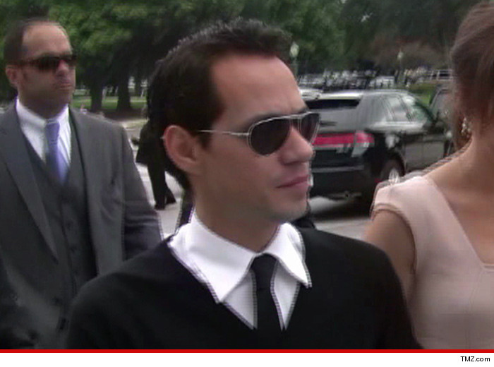 0502-marc-anthony-tmz-02