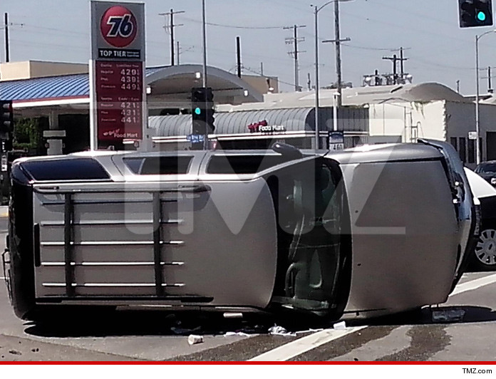 0502-ti-car-crash-tmz-02