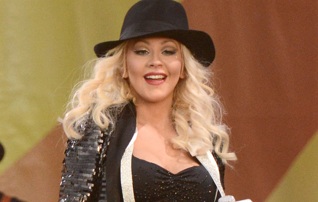 Pregnant Christina Aguilera Performs with Her Tiny Baby Bump!
