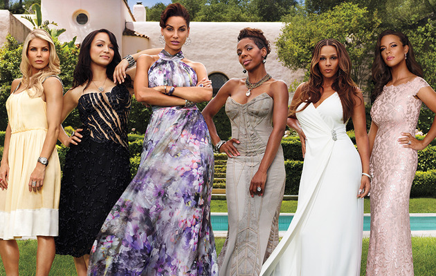 "Nicole Murphy Talks ""Spicy"" New Season of ""Hollywood Exes,"" Reveals Her Diet &…"