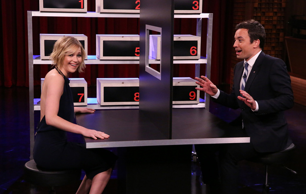 "Video: Jennifer Lawrence Plays ""Box of Lies"" With Jimmy Fallon!"