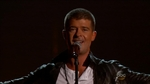 Robin Thicke -- Worst Timed Crotch Thrust ... During Plea for Wife's Forgiveness