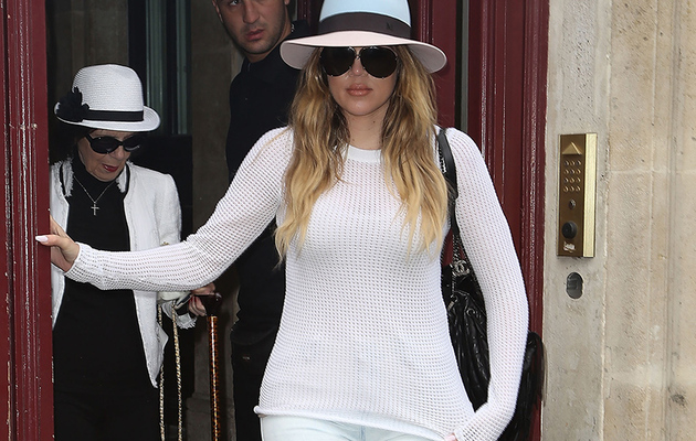 Khloe Kardashian Lands in France With The Family -- Looks Super Skinny!