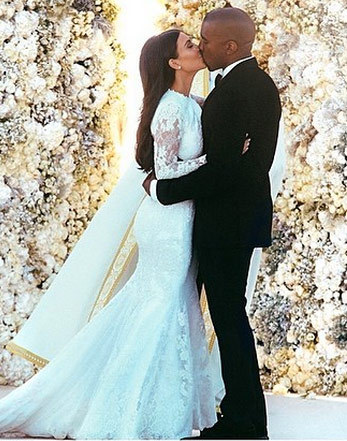 Kim Kardashian & Kanye West -- TMZ WEDDING CRASH | Photo 1 ...