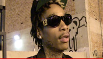 Wiz Khalifa's Jail Selfie -- Cops Investigate Contraband Jailhouse Cell-fie