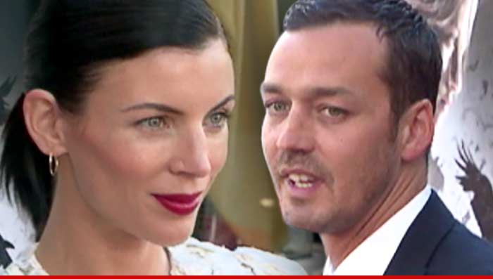 Liberty Ross Divorce Settlement