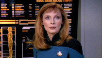 Dr. Beverly Crusher in 'Star Trek: The Next Generation': 'Memba Her?!