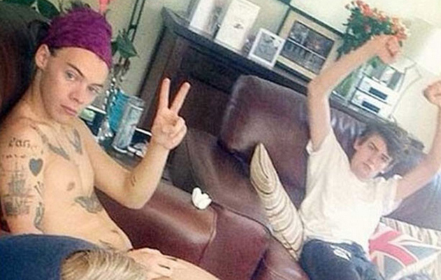 Harry Styles Hangs Out With His Cousins ... Naked?