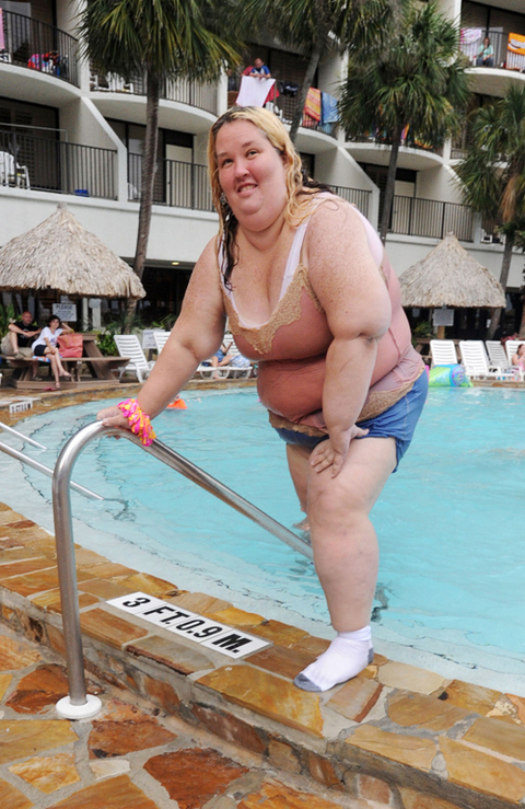 <span>One can only assume </span><span>Mama June</span><span> just discovered water ... because while </span><span>Honey Boo Boo</span><span> played around in the pool with her usual youthful exuberance ... her mother swam around WITH HER SOCKS ON.</span>