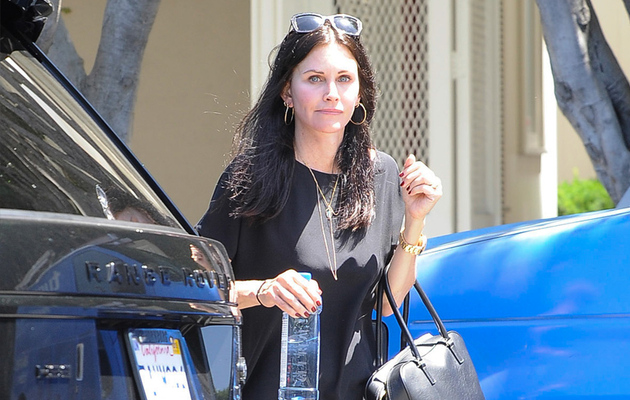 Courteney Cox Goes Without Makeup -- See the Pic!