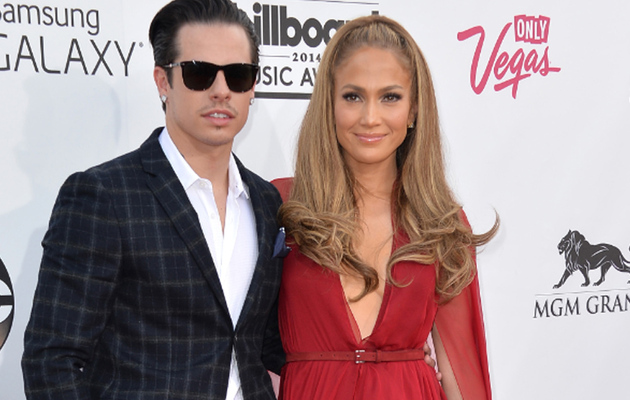 Jennifer Lopez & Casper Smart Split