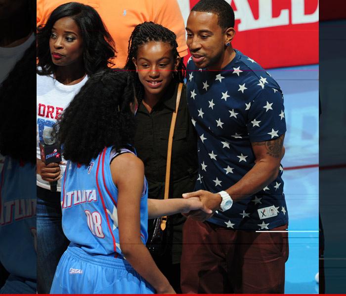 0608_Ludacris-Attends-WNBA_sub