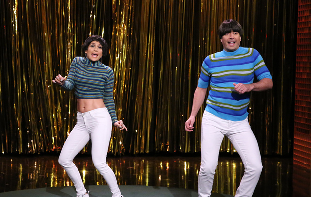 "Watch Jennifer Lopez Scare The ""Tight Pants"" Off Jimmy Fallon!"