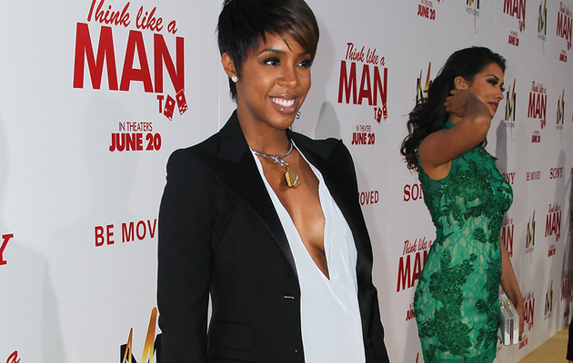 Kelly Rowland Pregnant -- See Adorable Baby Announcement!