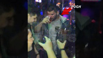 NY Giants Lineman -- TROLLED BY JETS FAN ... At NYC Bar