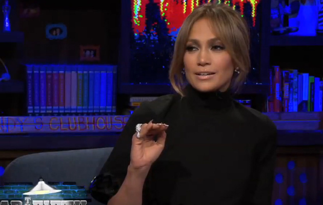 "Jennifer Lopez Talks Mariah Carey ""Feud,"" Dishes on Exes Casper Smart, Ben Affleck &…"