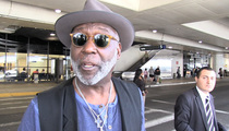 Richard Roundtree -- Women Are Stupid to Swoon Over Dreamy McMug Shot