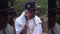 Allen Iverson Flossin' at the Waterpark -- Just Call Him '3 CHAINS'